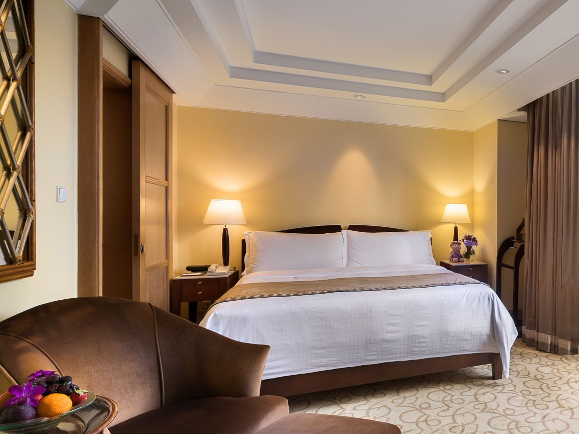 SRV Rediscovery Packages - Straits Club Quay Room